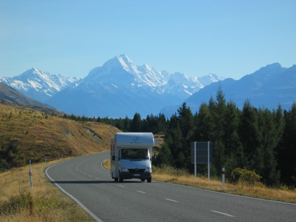 NZ_Camper_Mt_Cook