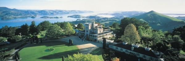NZ_Dunedin_Larnach_Castle.jpg