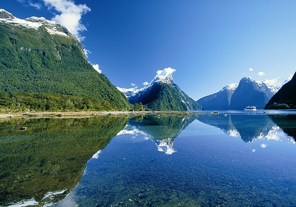 NZ_Milford_Sound.jpg