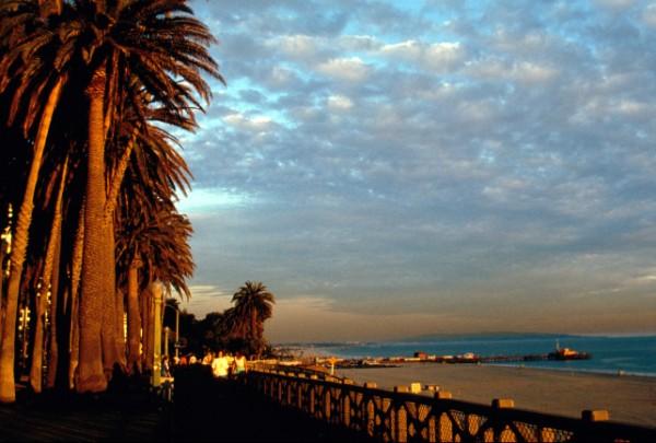 Santa_Monica_Palisades_Walk