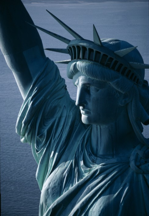 Statue_of_liberty_National_Momuments_Service_Photo