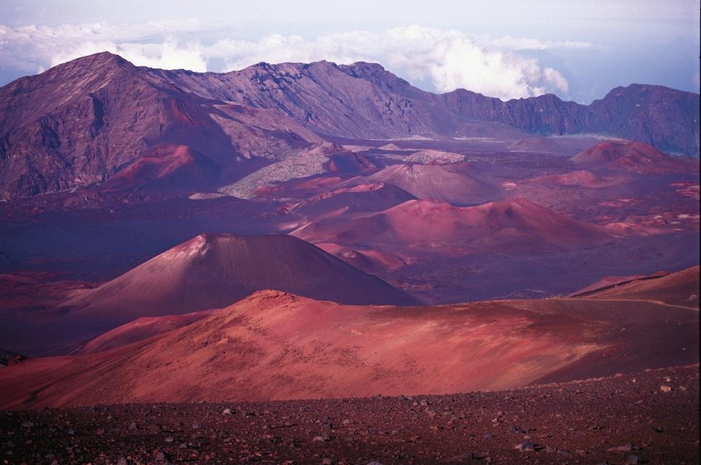Maui Haleakala crater  copyright Hawaii Tourism Authority
